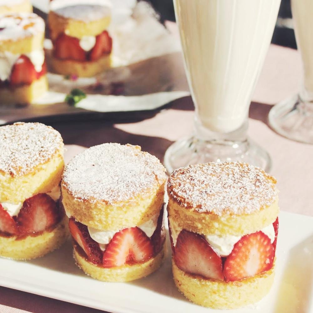 Mini Strawberry Fraisier Cake w/ Victorian Sponge