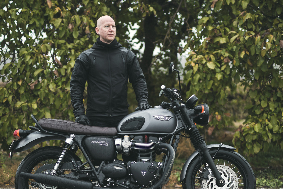 GEOFF BALDWIN - RETURN OF THE CAFE RACERSSince 2006 Geoff Baldwin has documented the global 2 wheeled scene via his website Return of the Cafe Racers.Geoff's passion for 2 wheels goes well beyond cafe racer disciplines. Working alongside Luke Ray he is the motorcycle content editor for Fuel and Tank Moto Magazines. From 2012 - 2015 he co-hosted the Melbourne custom motorcycle event 'Oil Stained Brain' and was a co-founder of Australia's first communal motorcycle workshop.Return of the Cafe Racers is one of the world's top custom motorcycle websites with a constantly growing international audience.returnofthecaferacers.com