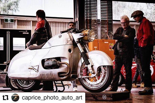 #Repost @caprice_photo_auto_art • • • • • • Admiration of this BMW on show at the @fueltank.cc #thesixone Australian Custom Automotive Exhibition. #bmw #bmwbikes #custombikes @motorretroaustralia