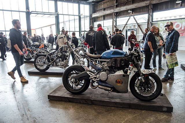 Taking in all the two wheeled sights at SIX ONE 2019. That's the wild @psychoschematic Ducati 899 Panigale up front. A bike that never fails to turn heads! ... 📷by @jasonlphotos #thesixone #melbourne #motorcycles #custom #twowheels #bikeshow #carshow #bikeevent #carevent #ducati #panigale #caferacer
