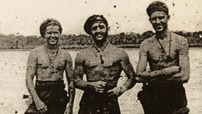 Mick Dennis (centre) Just before deployment on Operation Copper