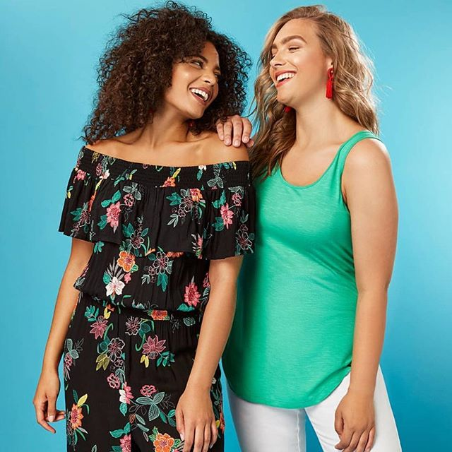 Hoping that shooting @evansclothing summer collection will bring us back the sunshine! 🌼  Hair styling and Makeup for @evansclothing by moi 💄💆🏼‍♀️ Shooting these beauties @sineadii and @lucybennettmodel 👭  Styling by the lovely @liljuros 👗