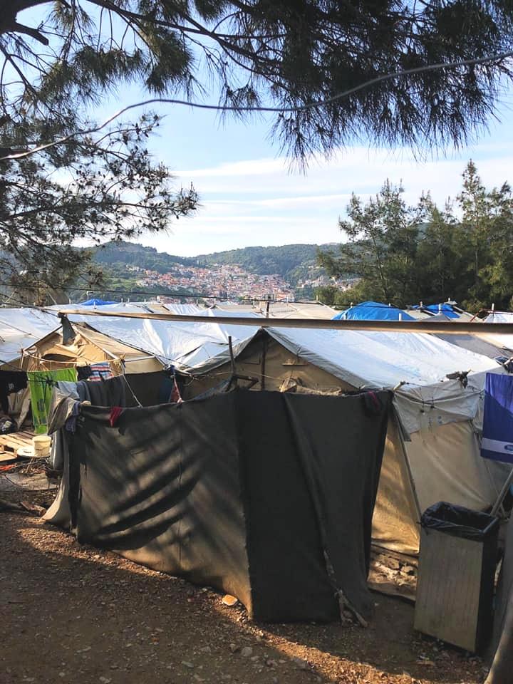 Samos_Volunteers1_Blog_April2019.jpg