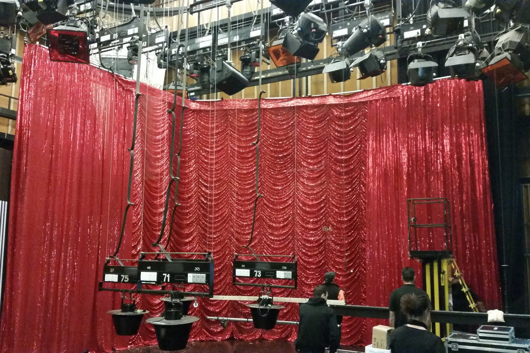 Reveal+hire+drapes+for+The+Weekly+on+ABC.jpg