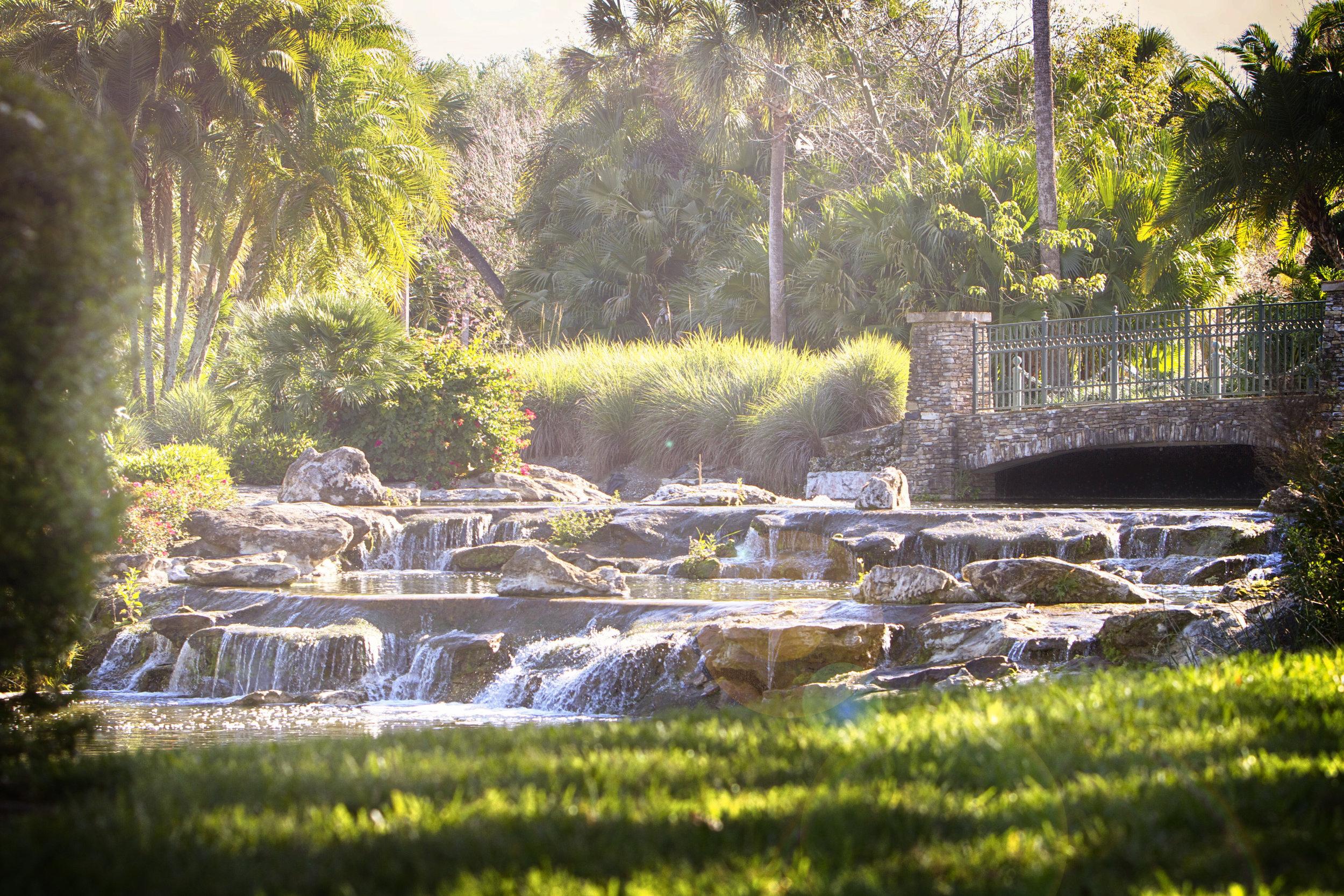 Waterfall 02b.jpg