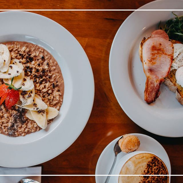 Breakfast. Literally my most favourite meal of the day! Whether its a full English, porridge or simply something on toast you are after - we have it all. All fresh, all delicious! Open from 8.30am⠀⠀⠀⠀⠀⠀⠀⠀⠀ .⠀⠀⠀⠀⠀⠀⠀⠀⠀ .⠀⠀⠀⠀⠀⠀⠀⠀⠀ .⠀⠀⠀⠀⠀⠀⠀⠀⠀ .⠀⠀⠀⠀⠀⠀⠀⠀⠀ #breakfast #brunch #fullenglish #fullveggiebreakfast #fullveganbreakfast #porridge #coffee #freshfood #healthyoptions #leighonsea #leighbroadway #thesqueezecafe