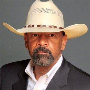 sheriff clarke.jpg