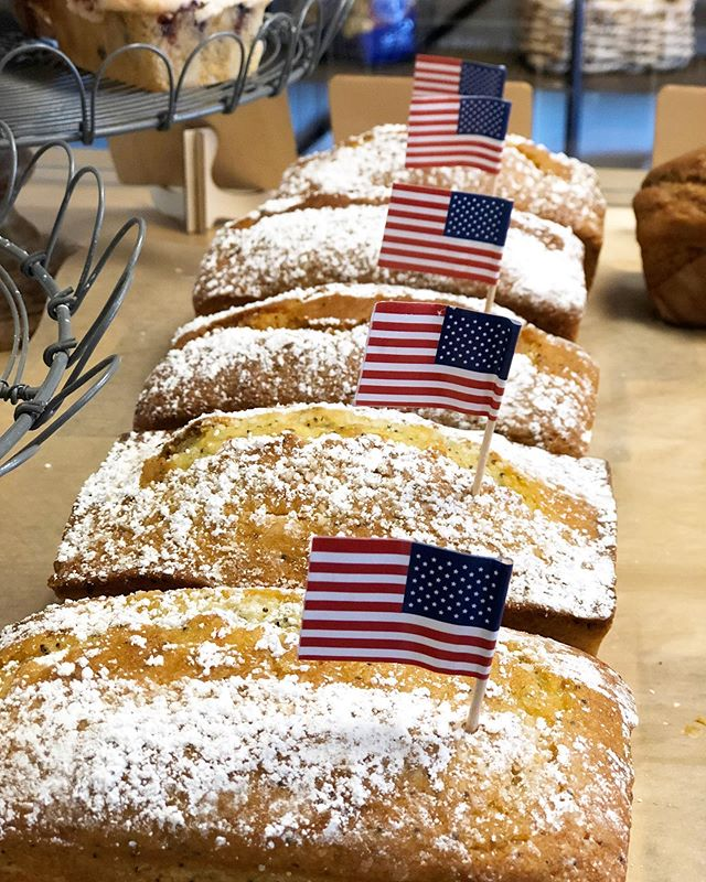 Wishing everyone a happy 4th from @thebreadshopsolvang ! 💥🇱🇷🇱🇷🇱🇷