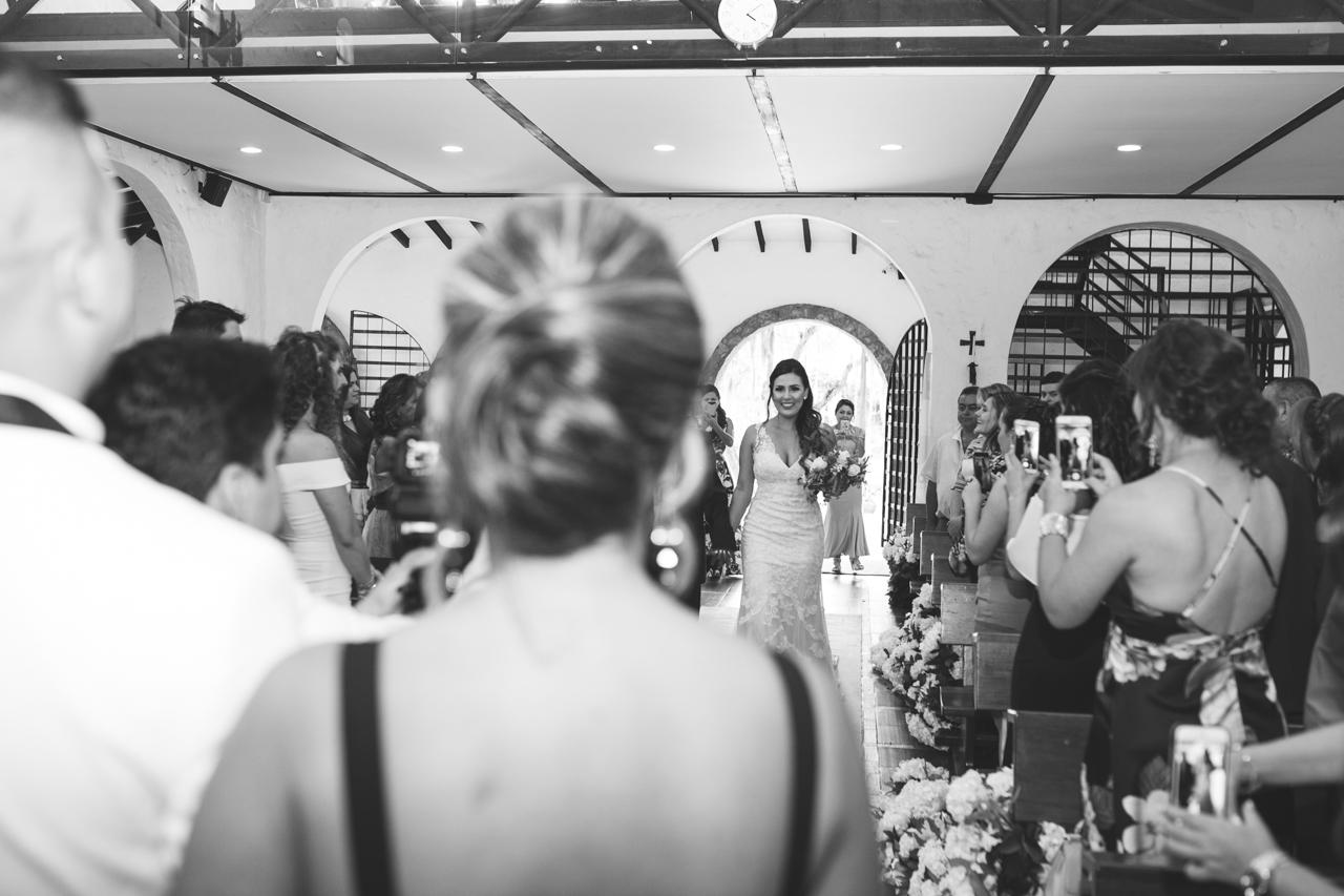 BodasMedellin-Medellin-Bodas-Matrimonios-Colombia-BodasColombia-WeddingColombia-WeddingPhotographer-Photographer-SantaMonicaPremium-SantaMonica-Eventos-Llanogrande-15.jpg