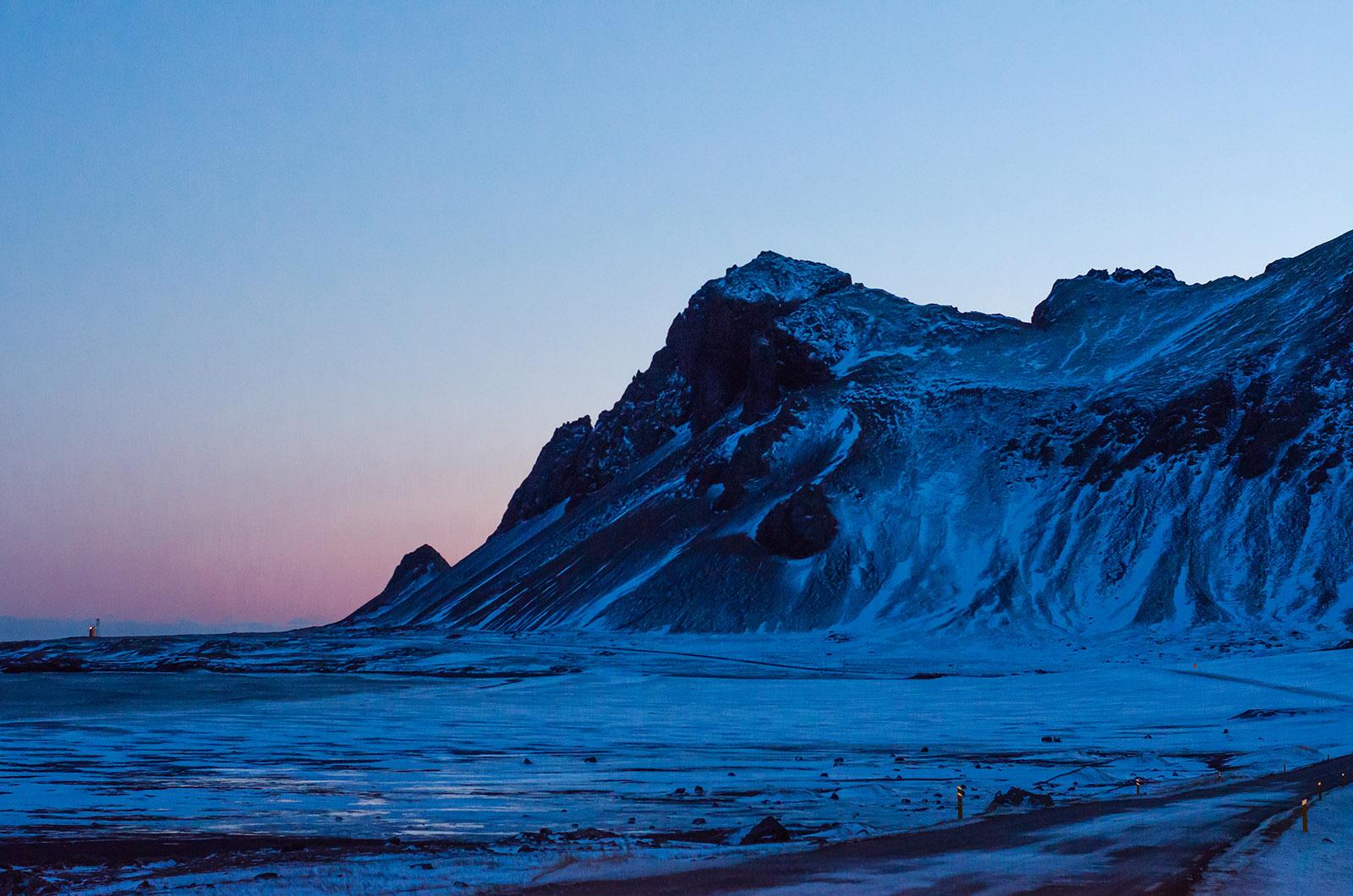 Icelands_unmistakable_light.jpg