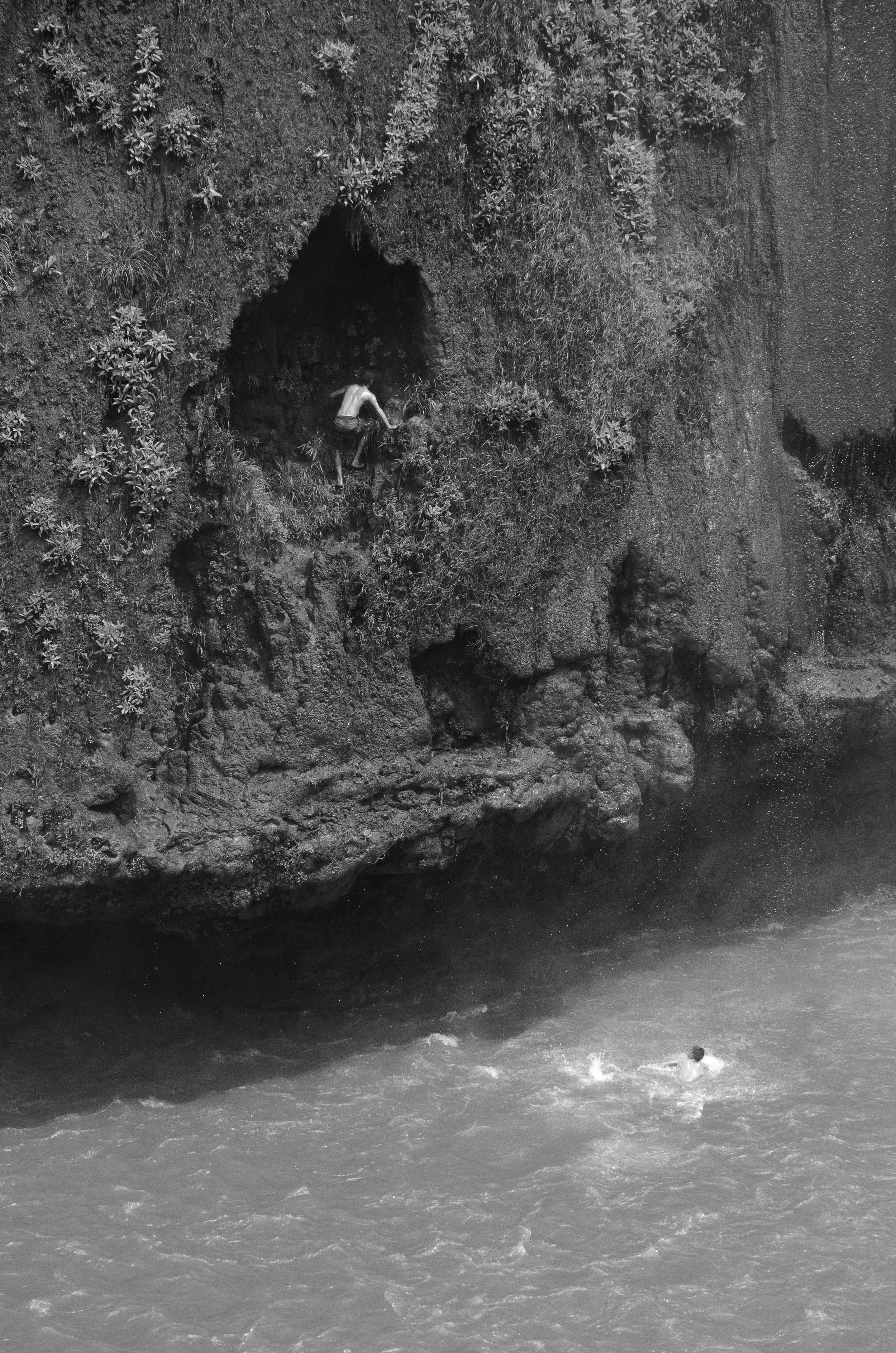waterfalls_01.jpg