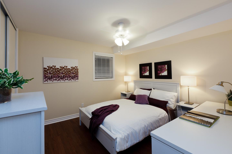 326 Alfred St. _u007c_ 3 Bedroom Suite, Bedroom, Large, Spacious, Private.jpg