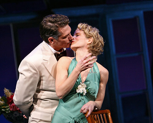 Szot made his Metropolitan Opera debut shortly after his Tony-winning turn in  South Pacific  opposite Kelli O'Hara in 2008.