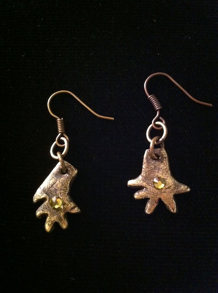 Small Iguana Hand Earring (gold with Crystal) $50