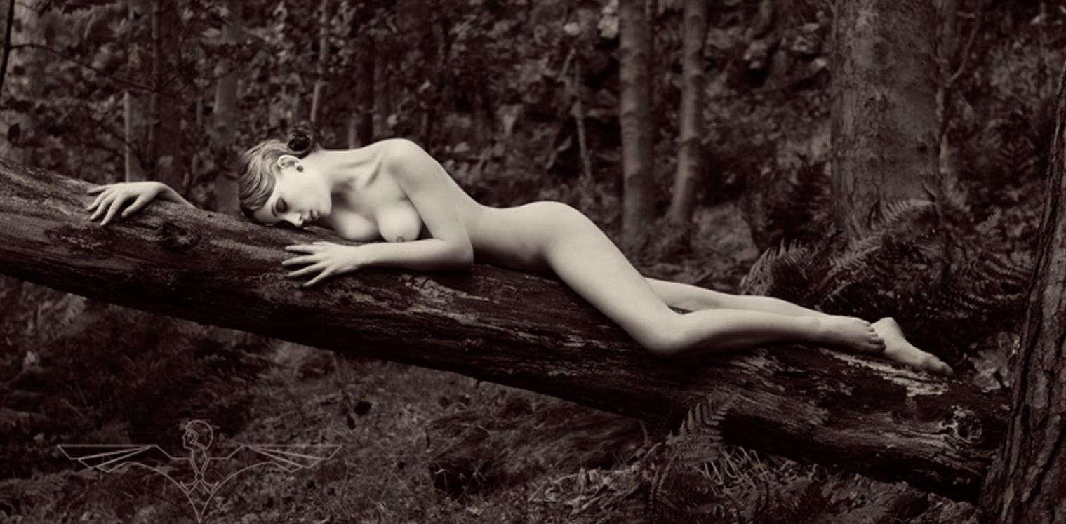 Nude in Nature, Edinburgh, UK (2010)