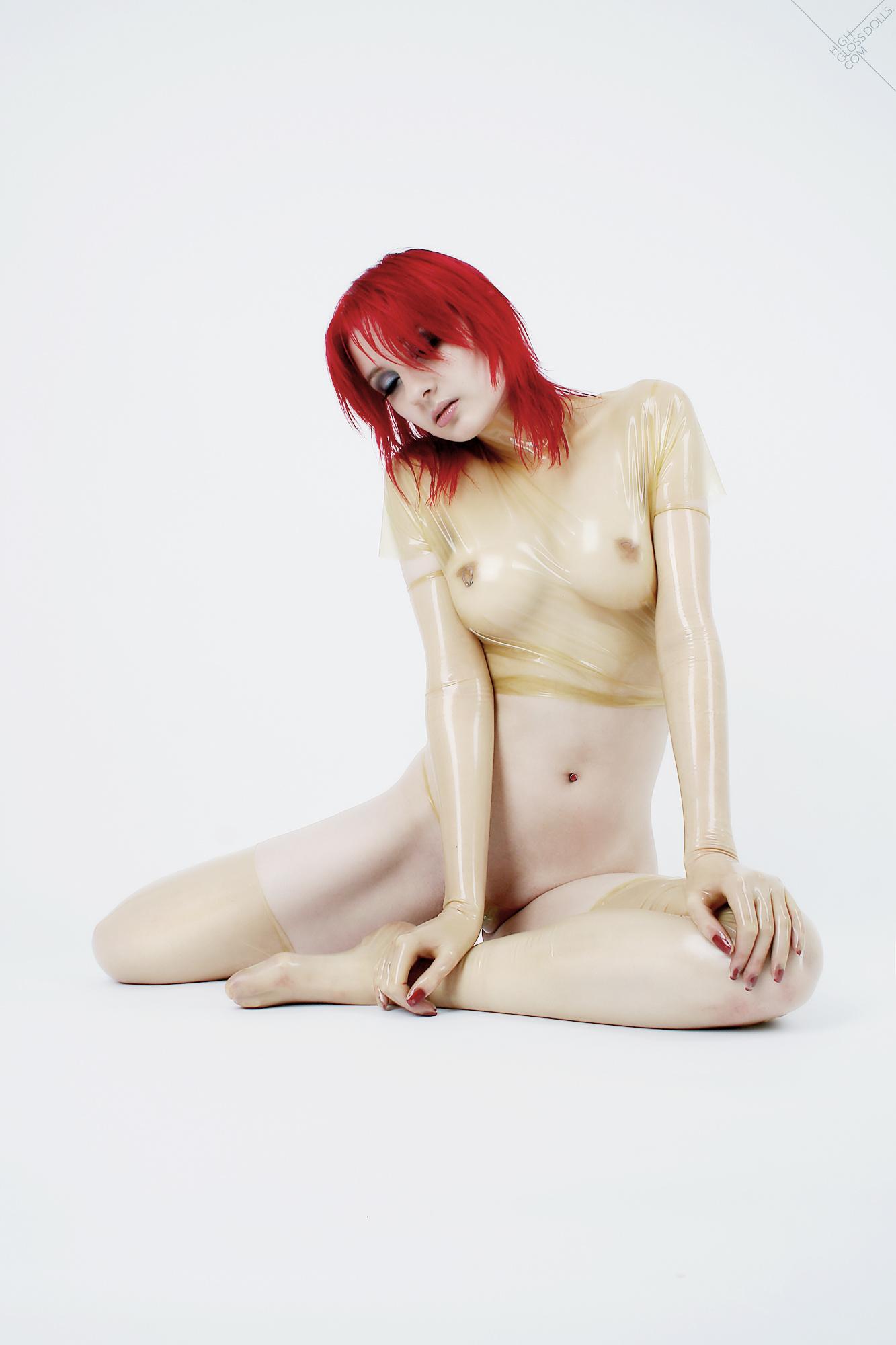 Fetish Doll. Hamburg, DE (2007)