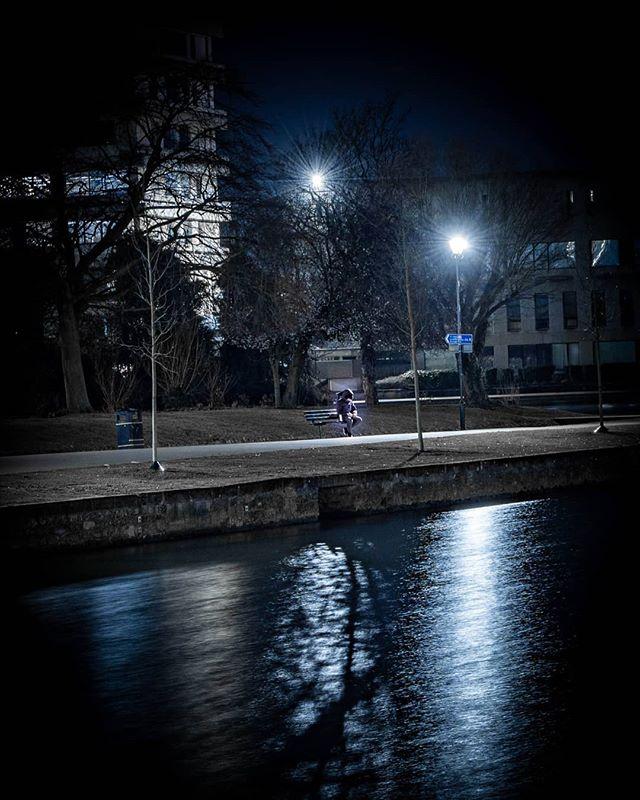 Let your thoughts glow... . . . . . . . #everglow #afterdark #agameoftones #bedford #citykillerz #Bedfordshire #riverouse #riversidebedford #river #riverside #depthobsessed #fatalframes #fatalframes10k #illgrammers #leagueoflenses #longexposure #mg5k #moodygrams #nightphotography #nightphoto #picoftheday #potd #shotz_fired #trappingtones #tamron2875 #sonya7iii #sonyalpha #visualambassadors #way2ill