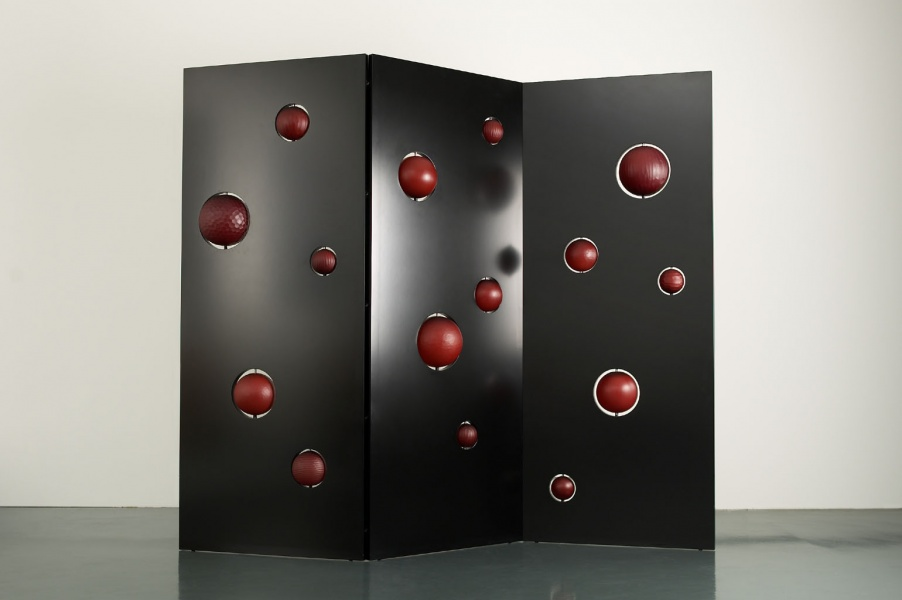 The Ball Wall, 2004