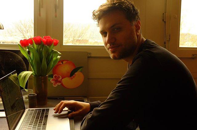 Office Saturday 🏝💫🌑 #rain #hangover #coffee #holm #holmisanisland #holmsweetholm #doom #ambient #krautrock #ambientrock #quietloverecords #postrock #hardau #zürich #drummer #drummerboy #meiers #aftermath