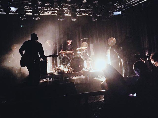 """Thx @rawk_ch 🖤🏖🐳 for another review of our show @bergmalfestival. """"... Ein absolut hypnotischer Sog, grossens Kino."""" . . """"Auf meinem Radar hatte ich auch HOLM, die in der Folge die grosse Roof Stage eröffneten. Ich mag ihr Debütalbum von diesem Jahr sehr, und die Live-Umsetzung hat mich in meiner Meinung bestärkt, dass das Trio einfach genau weiss, was es tut, und ich einfach liebe, was sie tun. Ihr Breitwand-Post-Rock kam auf der Breitwand-Bühne mit definiertem Sound super zur Geltung. Die proggig angehauchten, krautig-repetiven Beats mit den sphärischen Gitarreneffekten, die ihre Dynamik nicht explosionsartig entfalten, sondern wie eine grosse, mächtige Woge anschwellen, um anschliessend in stimmischen Ambient zu zerfallen – und das zu dritt. Ein absolut hypnotischer Sog, grossens Kino."""" #holm #holmisanisland #holmsweetholm #quietloverecords #bergmal #dynamozürich #postrock #postrockband #postrockmusic #live #ambientrock #ambient #throughwindows #krautrock #livemusic #band"""