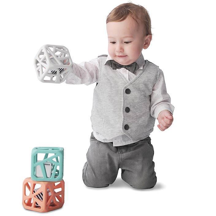 thumb-landing-chew-cube-2_a1c1000d-de48-440b-b6f9-5d6ab27a1c29_1024x1024@2x.jpg