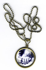 Optical necklace.
