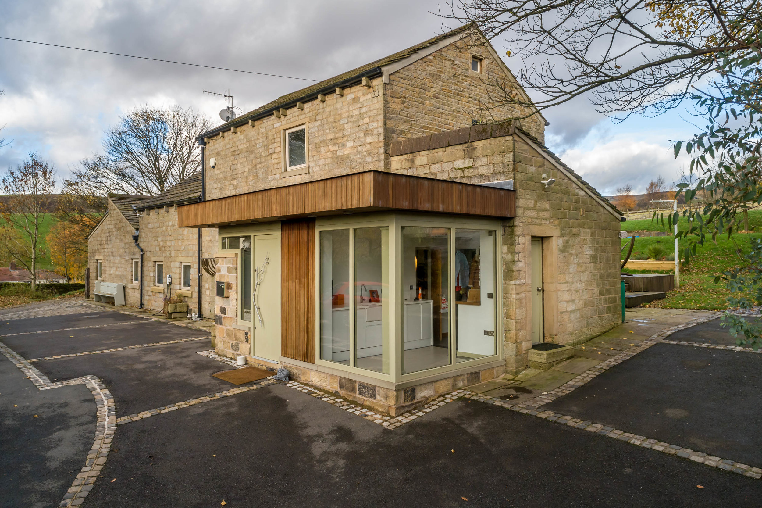 barn conversion - Diggle