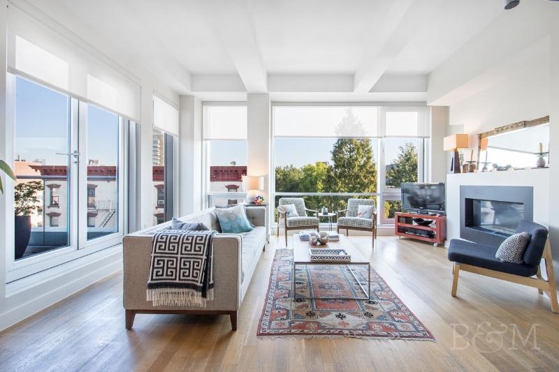 150 N5th St, #PHA - Williamsburg | Brooklyn    3 Bedroom // 2.5 Bath Days on Market — 78 Sold Price:    $2,585,000