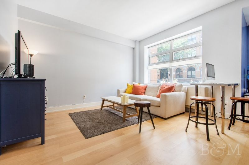 14 Monitor St, #1C - Williamsburg | Brooklyn    1 Bedroom // 1.5 Bath Days on Market — 31 Sold Price:    $670,000