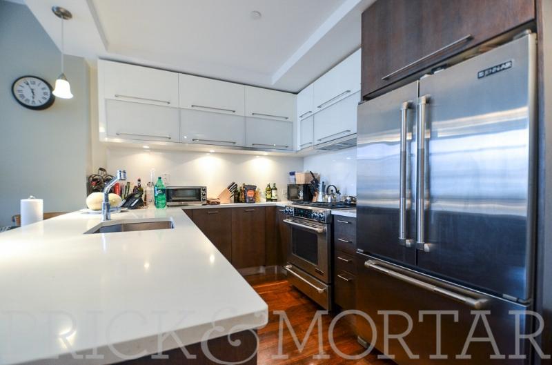 214 N11th St, #3C - Williamsburg | Brooklyn    2 Bedroom // 2 Bath Days on Market — 44 Sold Price:    $1,131,000