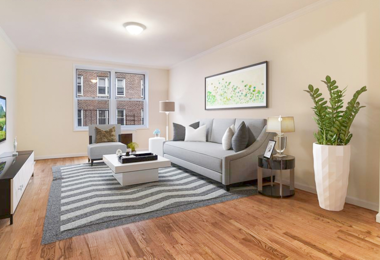 385 East 16th St, #3B - Ditmas Park | Brooklyn    1 Bedroom // 1 Bath Days on Market — 21 Sold Price:    $435,000