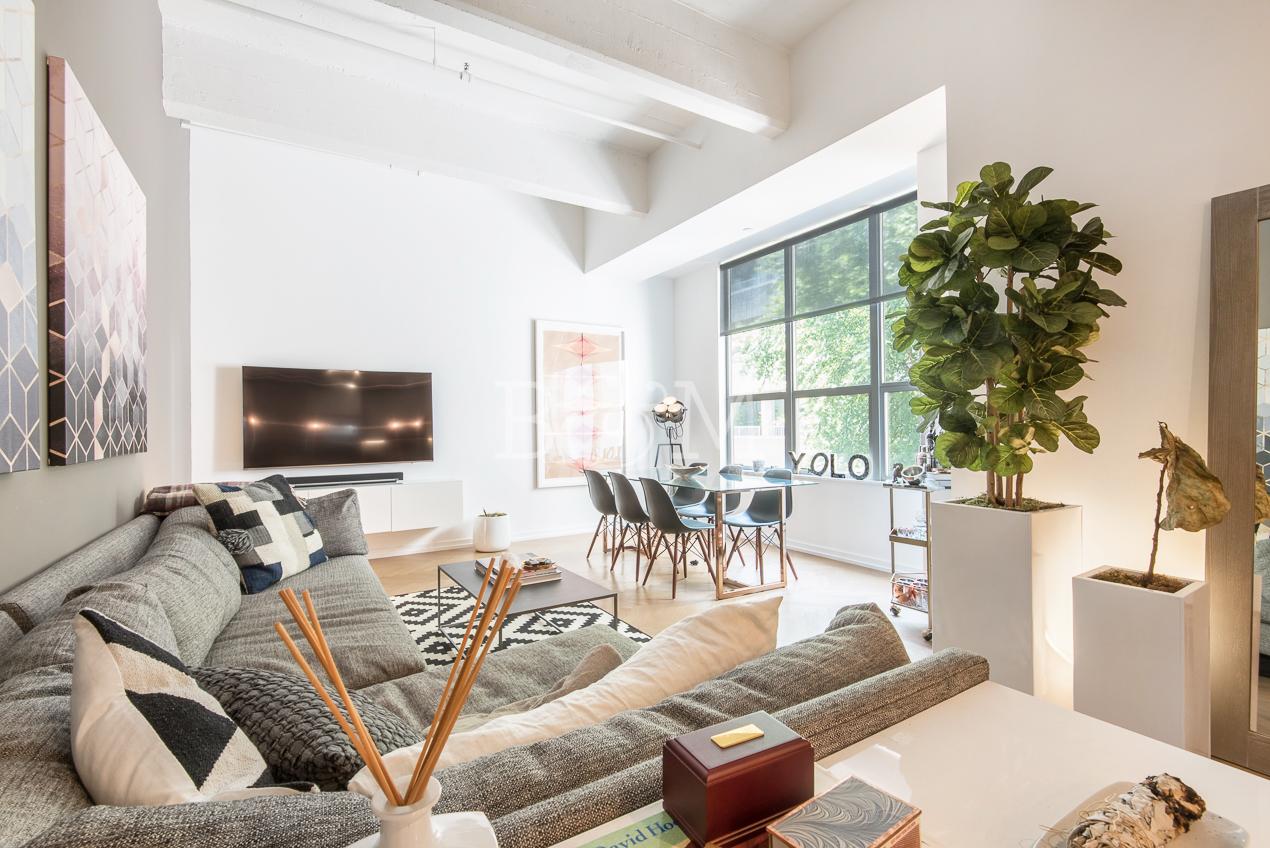 184 Kent Ave, C410 - Williamsburg | Brooklyn    1 Bedroom // 1 Bath Leased Price:    $3,650