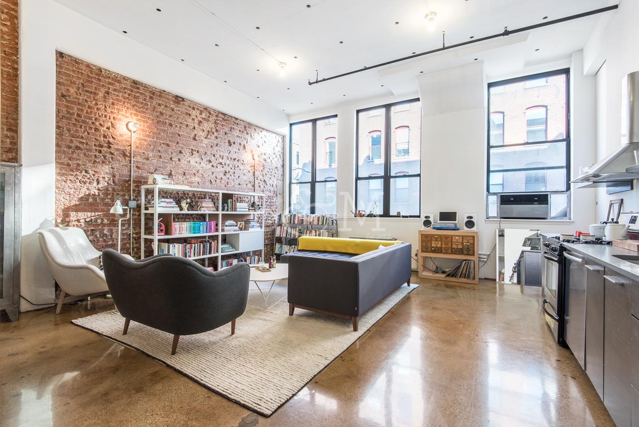 63 N3rd St, 213 - Williamsburg | Brooklyn    1 Bedroom // 1 Bath Leased Price:    $4,500