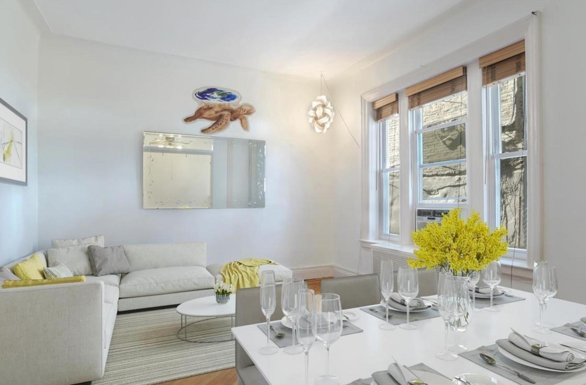574 44th St, #1B - Sunset Park | Brooklyn    2 Bedroom // 1 Bath Days on Market — 105 Sold Price:    $605,000