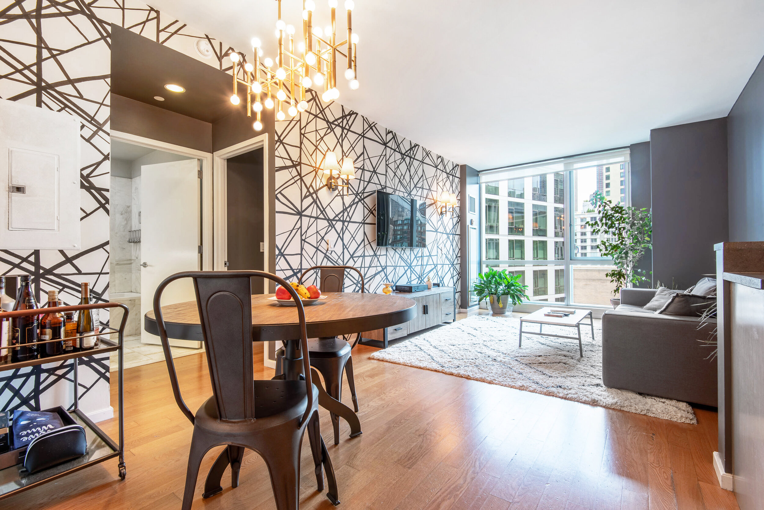 200 Chambers St #5G - Tribeca | Manhattan    1 Bedroom // 1 Bath In Contract List Price:    $1,435,000