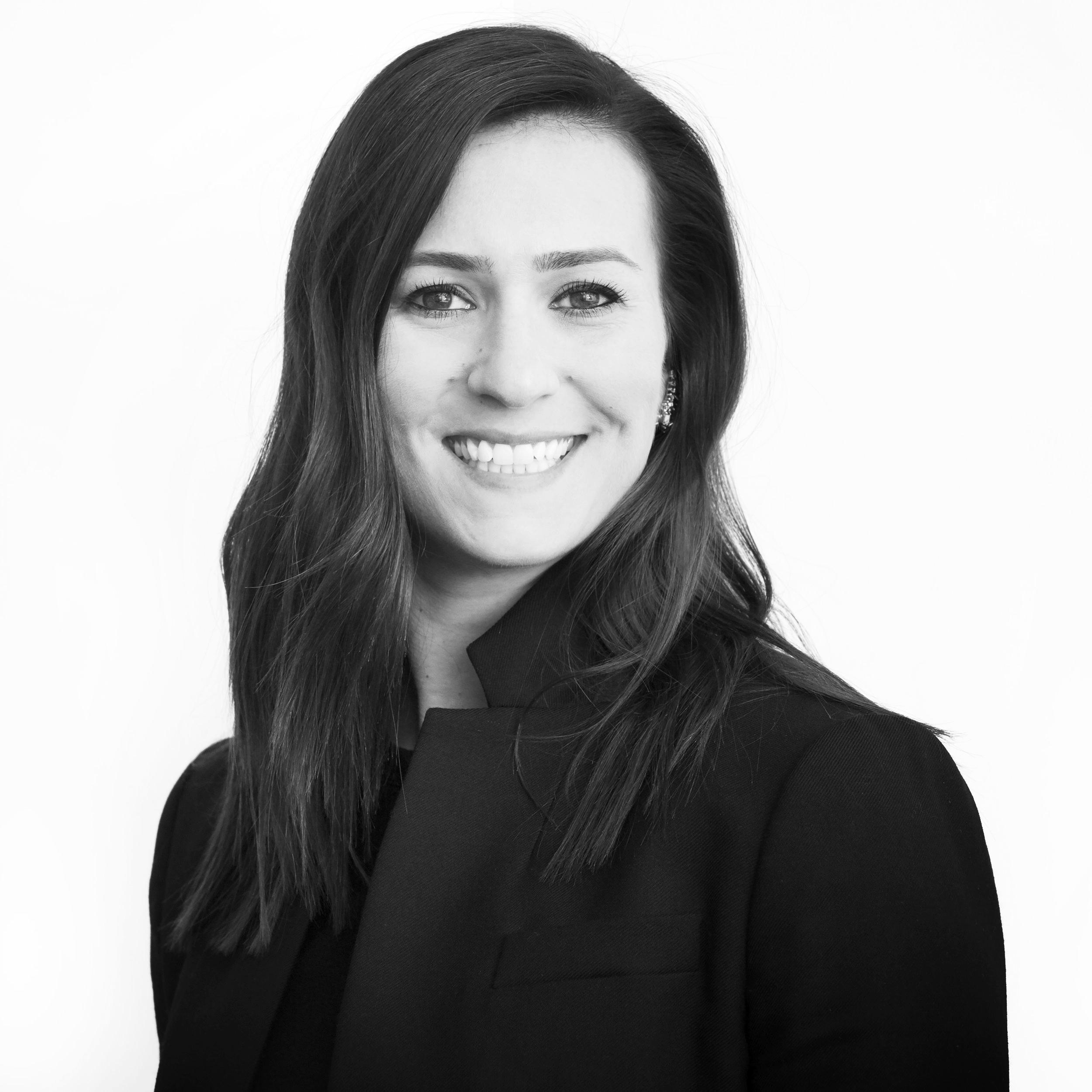 Lindsay Knight  |  @lindsayknight    Chicago Ventures