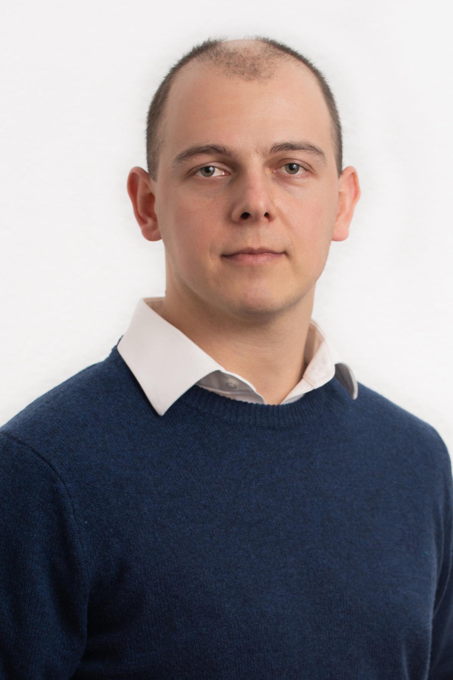 Tomasz+Cwik.jpg