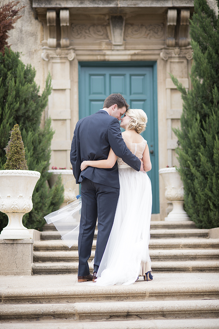 Dresser Mansion, Tulsa Oklahoma Wedding | Ely Fair Photography© | Dress by Watters