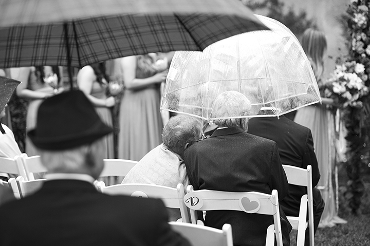 Dresser Mansion, Tulsa Oklahoma Wedding | Ely Fair Photography© | Rainy Wedding