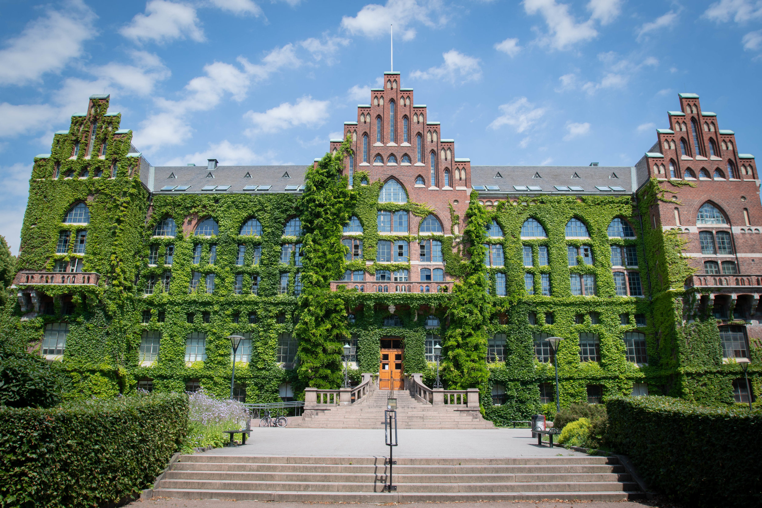 University Library in Lund is one of the most favourite stops among tourists and locals. It is so charming during summer and autumn. Should be on your must visit list.