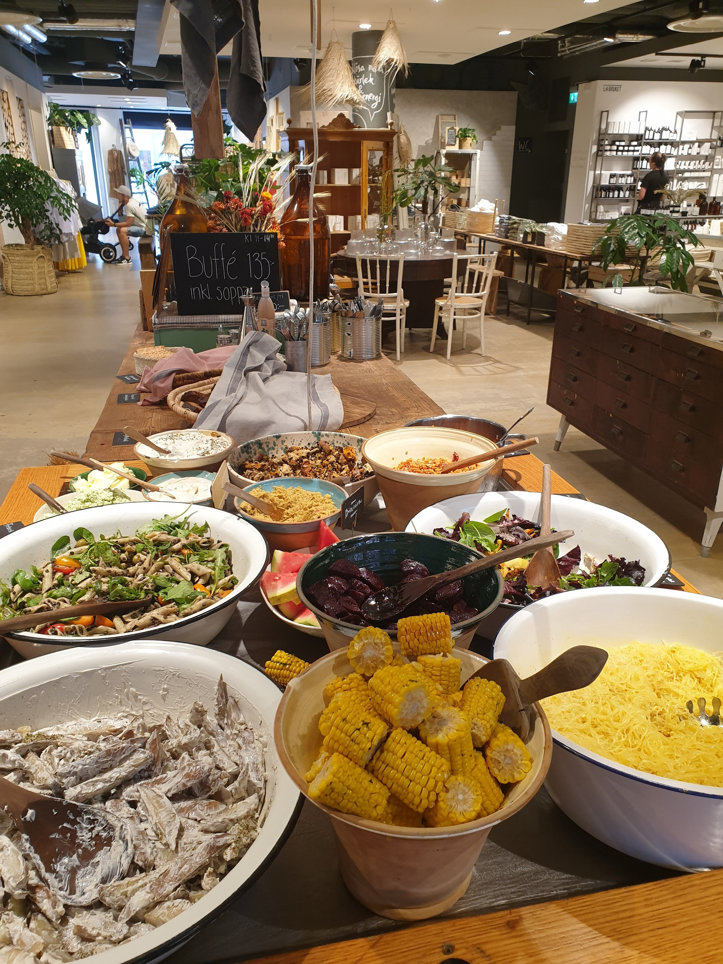 Brunch or breakfast feast will not disappoint you. With its great location, In the centre of Malmö.