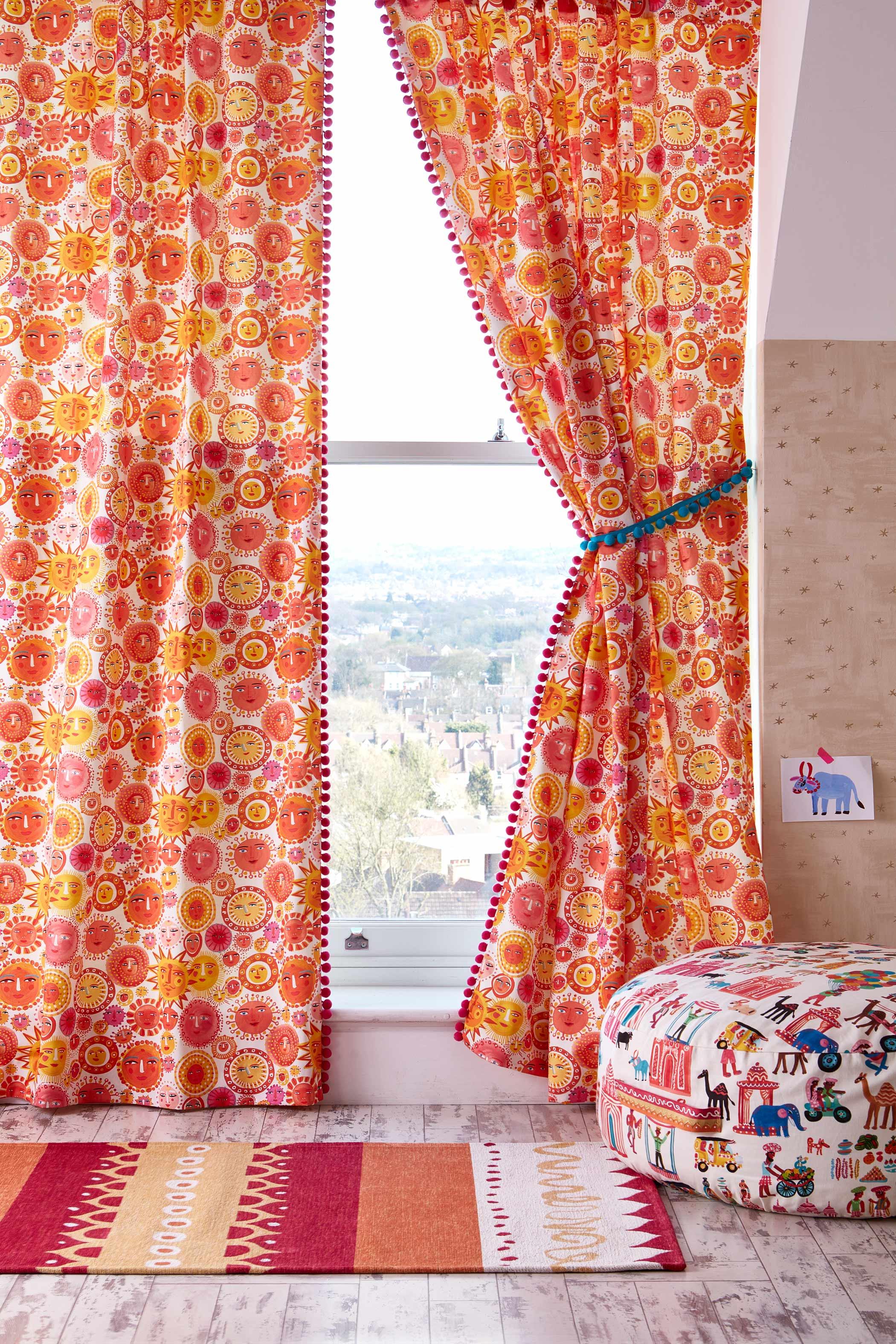 Corr---India---Curtains-1-020-EDIT (1).jpg