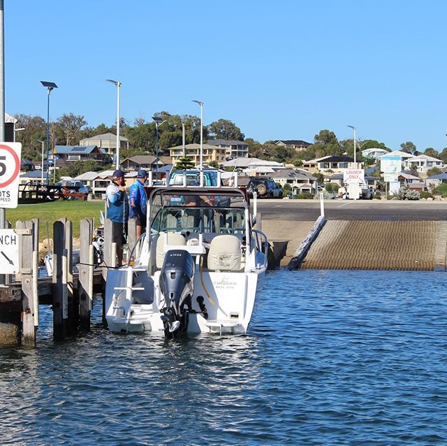 Mandurah has amazing waterways! Bring your boat and experience the amazing fishing, crabbing or even a cruise into town for a bite to eat 🐟🛥 #mymandurah #camping #boating #visitpeel #memories #adventure #relax #fishing #sunsets #bbq #friends #petfriendly #family #holiday #livingmybestlife