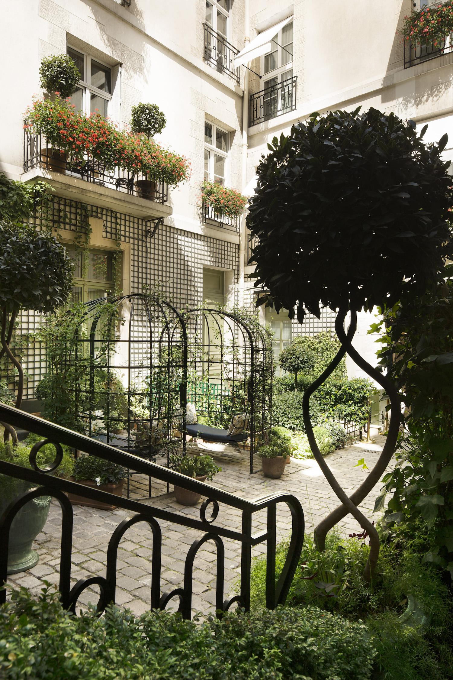 Relais Christine - Paris luxury hotel - travelling with kids - L'Île aux Fées