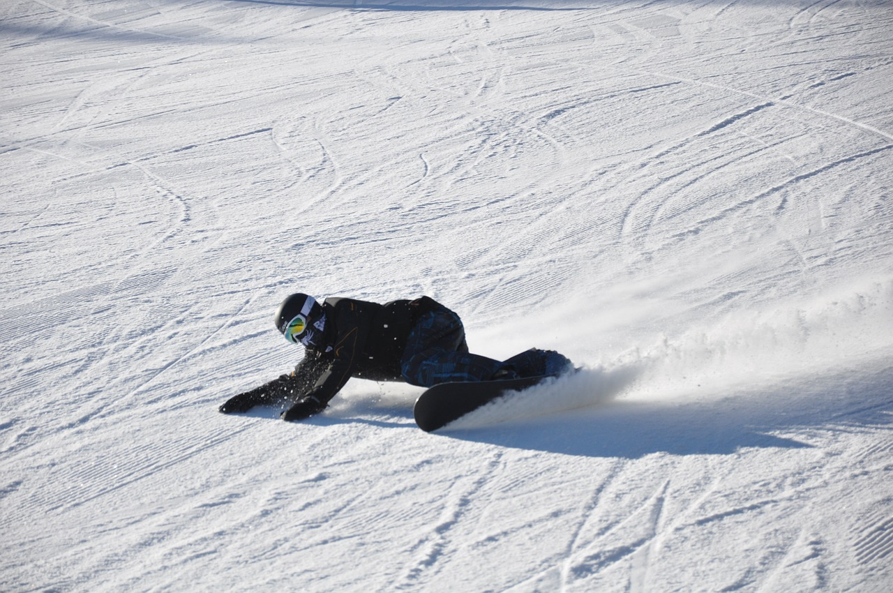 snowboard-2153557_1280.jpg