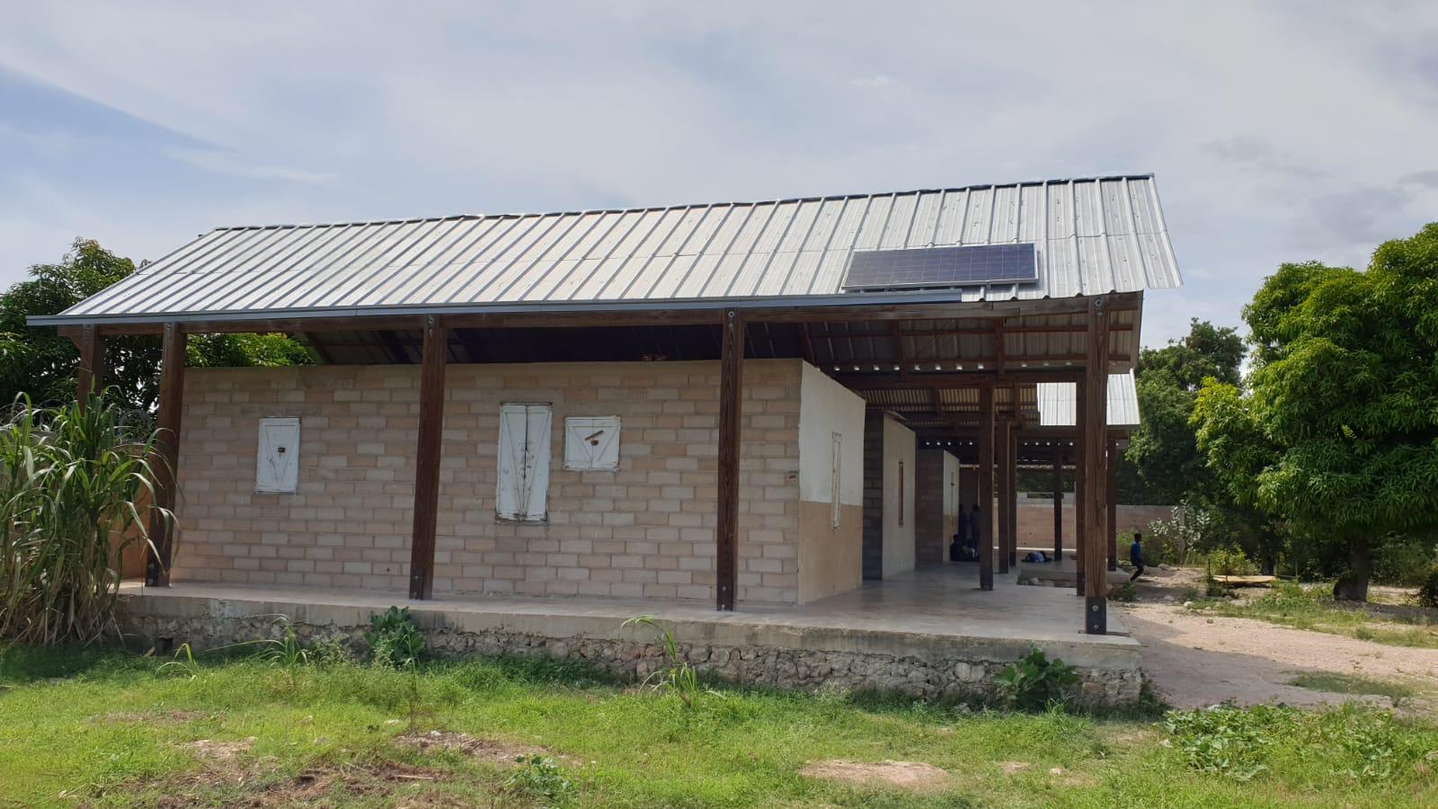 Panel solar para iluminar el hogar