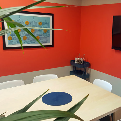 High spec meeting room for hire in West Sussex