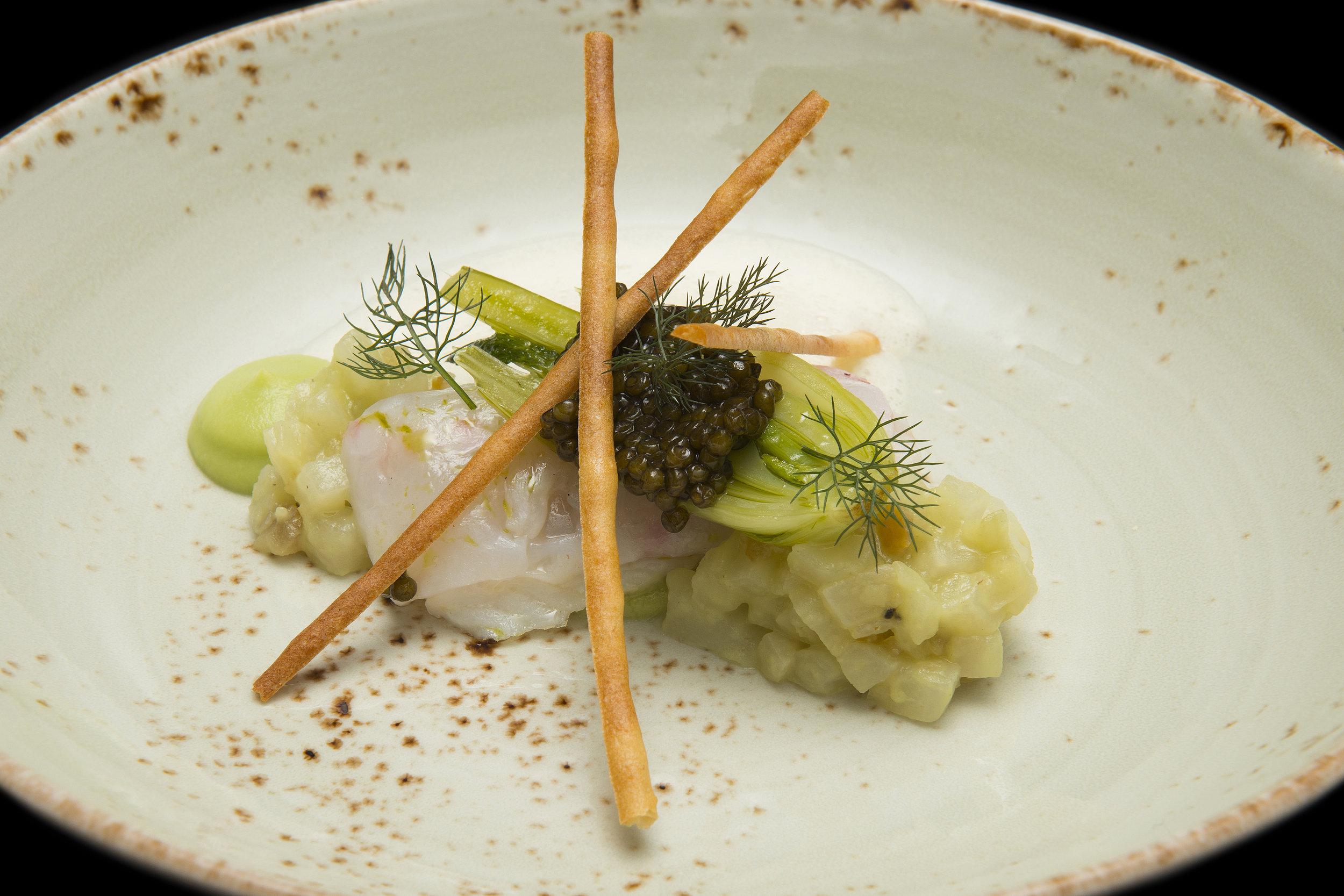 Bart de Pooter | Zeetong, venkel, langoustine, persian caviar imperial en gefermenteerde sojabonen