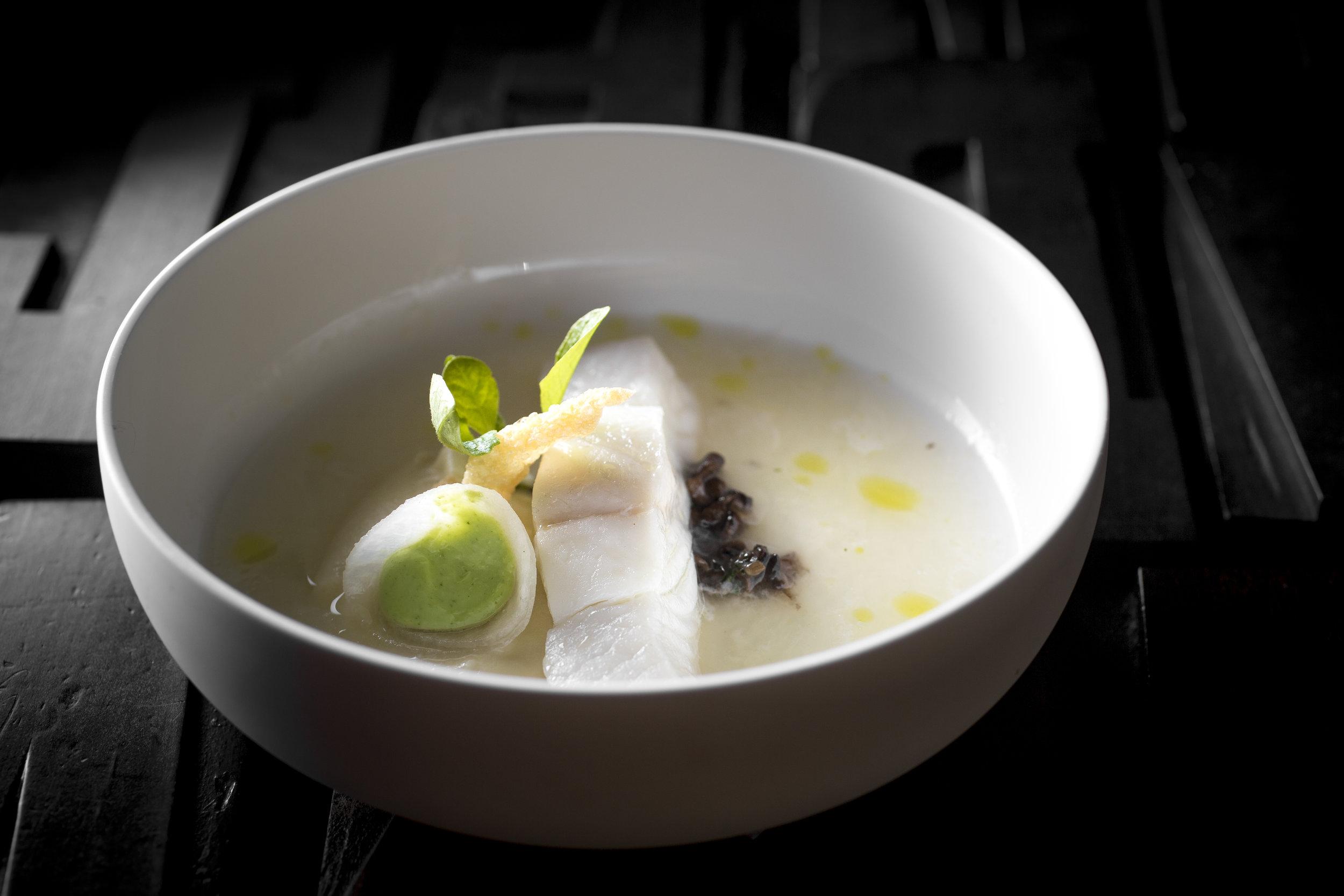 Jef Schuur | Heilbot, gerookte paling, peterseliewortel, koolrabi en lavas