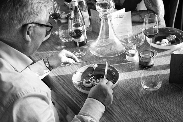 400 gasten, 72 gerechten, 24 chefs, 15 wijnen, 8 menu's... Elk diner was uniek en verassend! Wat was jou favoriete gerecht tijdens 24H Chefs 2019? 🍽 📷 door @danielmaissan